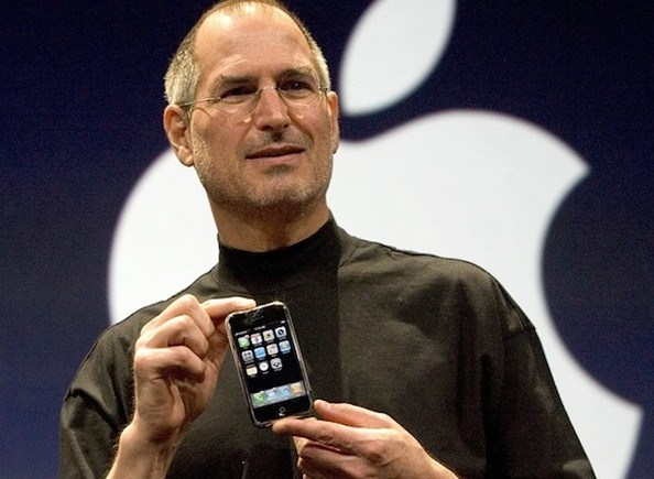 iphone-presentation-by-sj.jpg